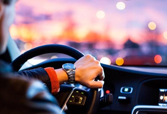 «La bonne conduite pour les Nuls» ; par tous les temps, prudence au volant !